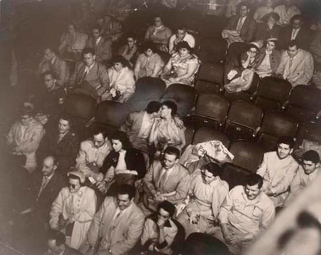 weegee-lovers-palace-theater